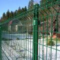 Заборы из сетки зеленого цвета
