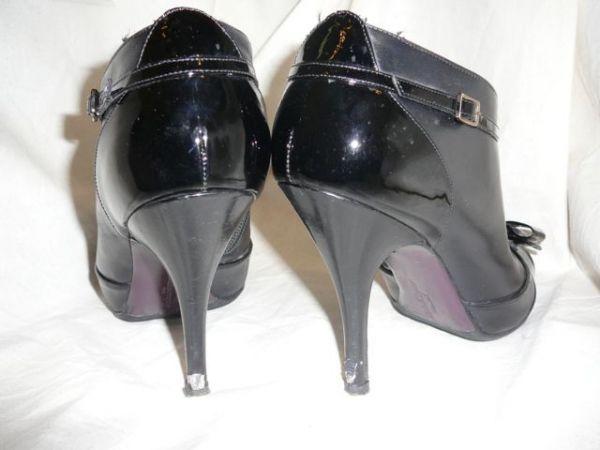 Повреждение лаковой обтяжки каблуков (До ремонта)