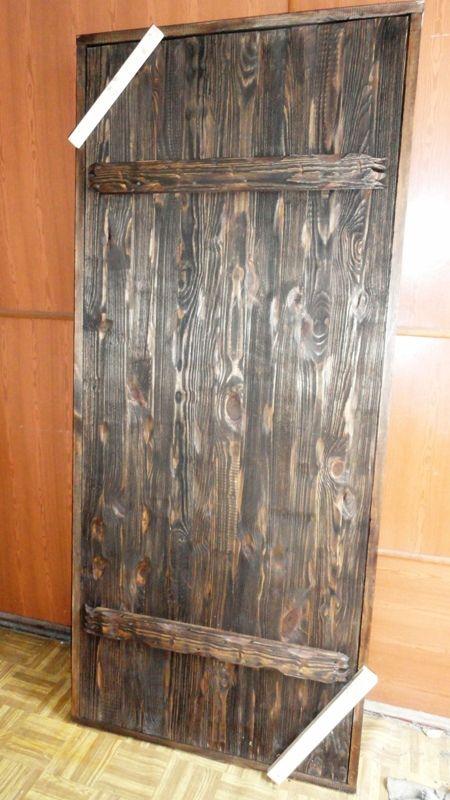 Входная дверь из досок