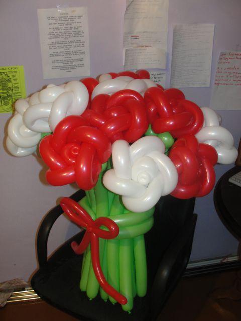 Букет роз из шаров своими руками