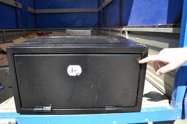 Инструментальный ящик на грузовик своими руками