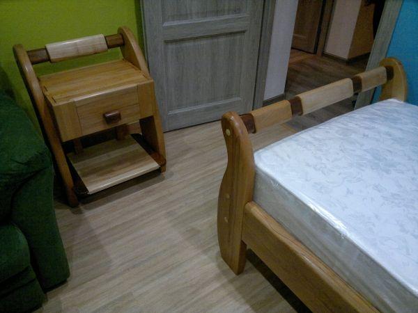 детская мебель: кровать и тумба из бука и мербау