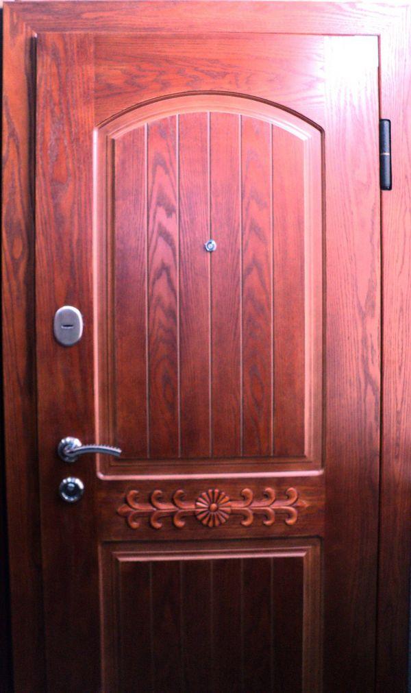 входная металлическая дверь реутов