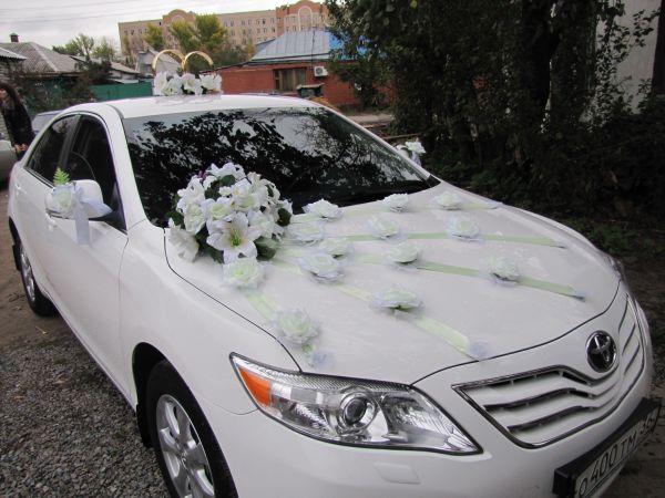 Украшения свадебного автомобиля фото