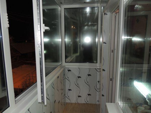 Монтаж балкона пвх панелями..