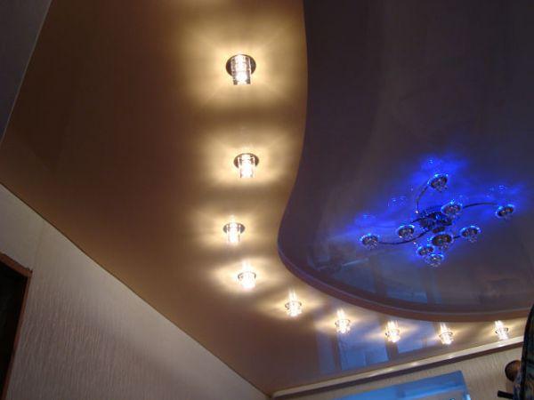 plafond en toile tendue prix devis travaux construction. Black Bedroom Furniture Sets. Home Design Ideas