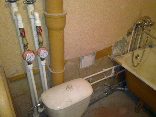 Как заменить водопровод в квартире