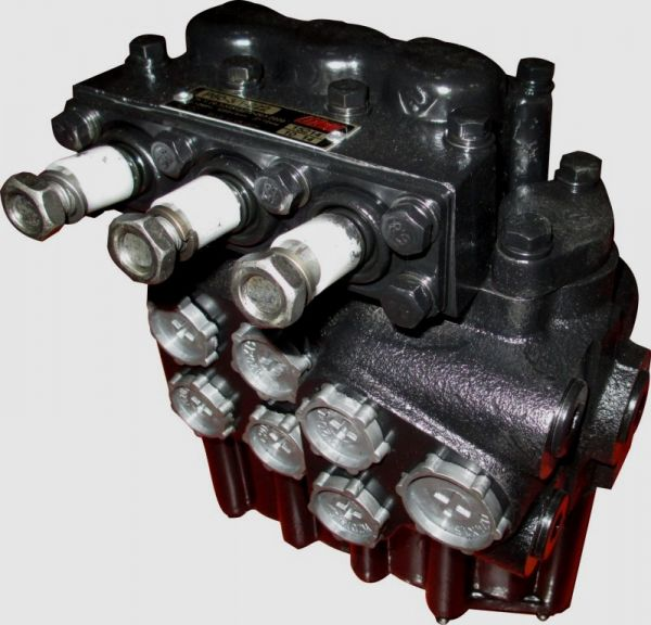 МТЗ Топливопровод дренажный форсунок (обратка) (на 3.