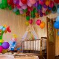 Украшение комнаты воздушными шарами (50 шаров)
