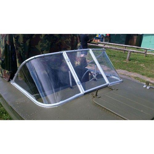 лобовые стекла на моторные лодки